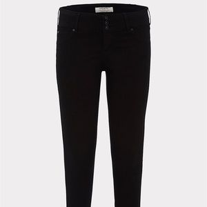Torrid Black Super Stretch Jegging
